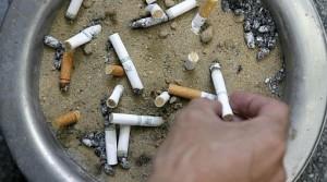 Fumar te GOLPEA, durísima campaña antitabaco