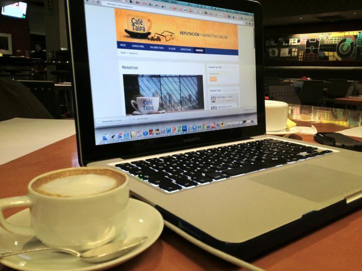 cafe_taipa_laptop